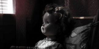 la muñeca siniestra